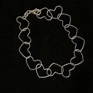Jewelry - NWOT! Sterling silver heart link bracelet.